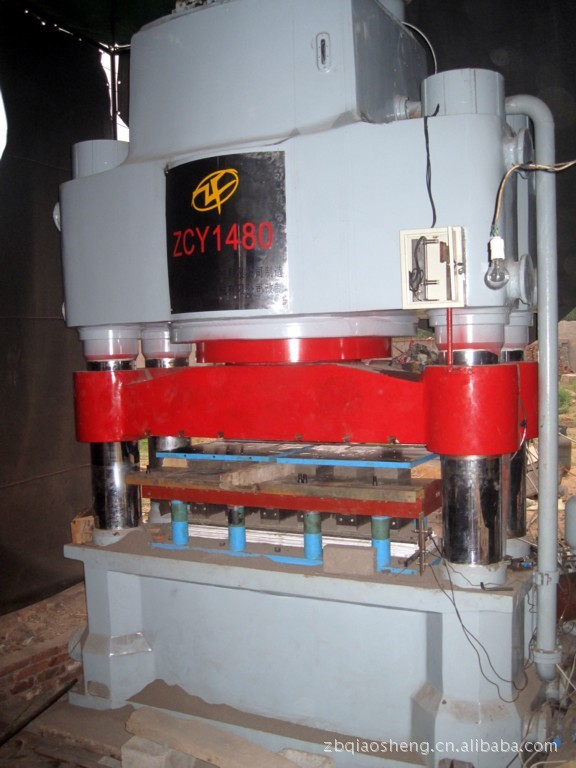 二手机械、耐火材料液压机改造、 二手工程机械 二手液压机