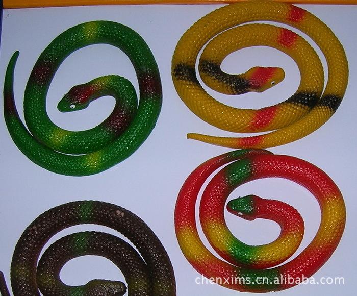 恶搞玩具 恐怖玩具 儿童玩具蛇 蛇年用品 软胶仿