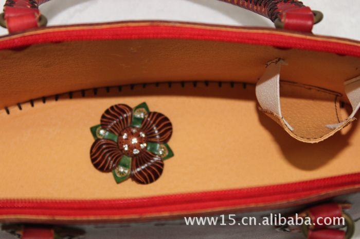 2011年新款牛皮印花手工制作 时尚包包 箱包