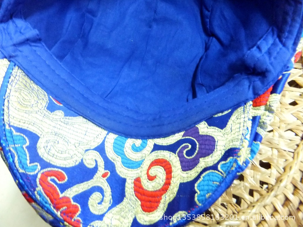 民族风织锦绣花鸭舌帽 杨丽萍最爱的绣花帽子 女款帽子 有马甲配 -价