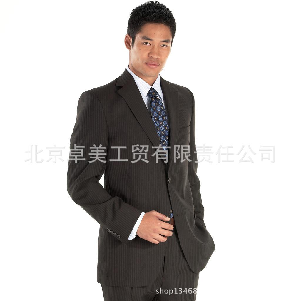 厂家量身定做男式西服 样式精美 卓美服装厂 欢迎订购