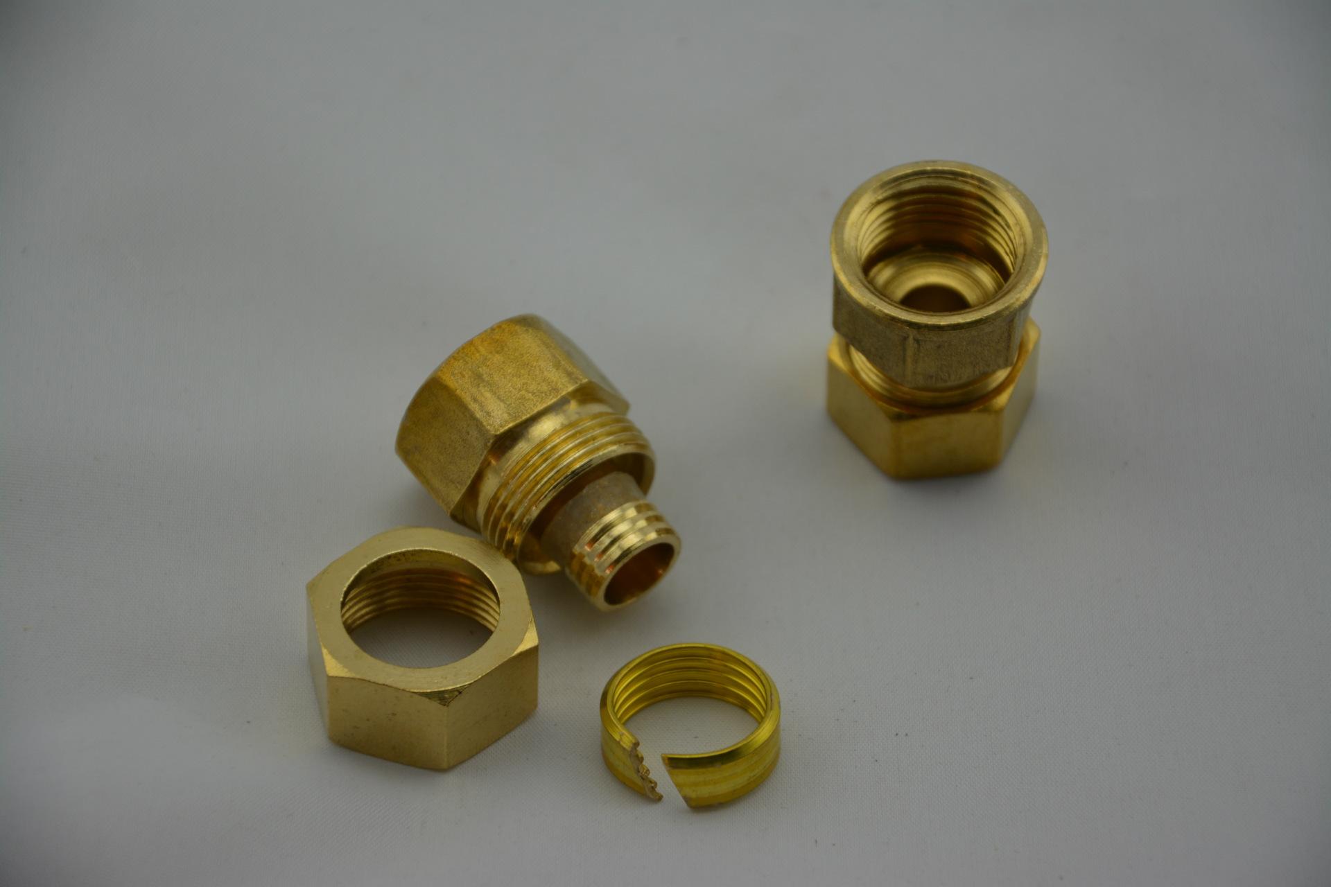 铝塑复合管铜接头 铝塑复合管铜接头 铝塑管铜配件 2025 3 4内牙直接
