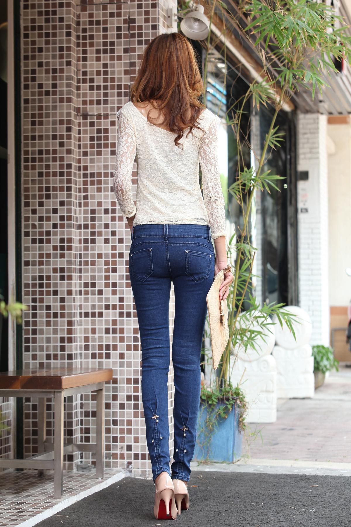 韩国美女牛仔裤热舞_美女视频_韩国牛仔裤美女热舞