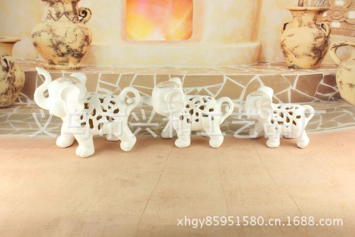 现代家居工艺品 新款 欧式现代时尚家居工艺品 镂空三小象白色 xh319 图片