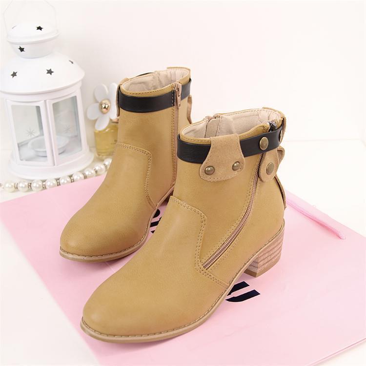 女鞋厂家直供性感欧美加绒木跟低筒靴子货源香港性感星艳女图片