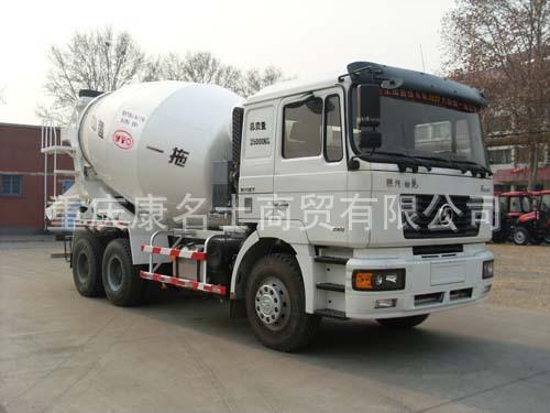 东方红LT5250GJBZY混凝土搅拌运输车ISME308 30西安康明斯发动机