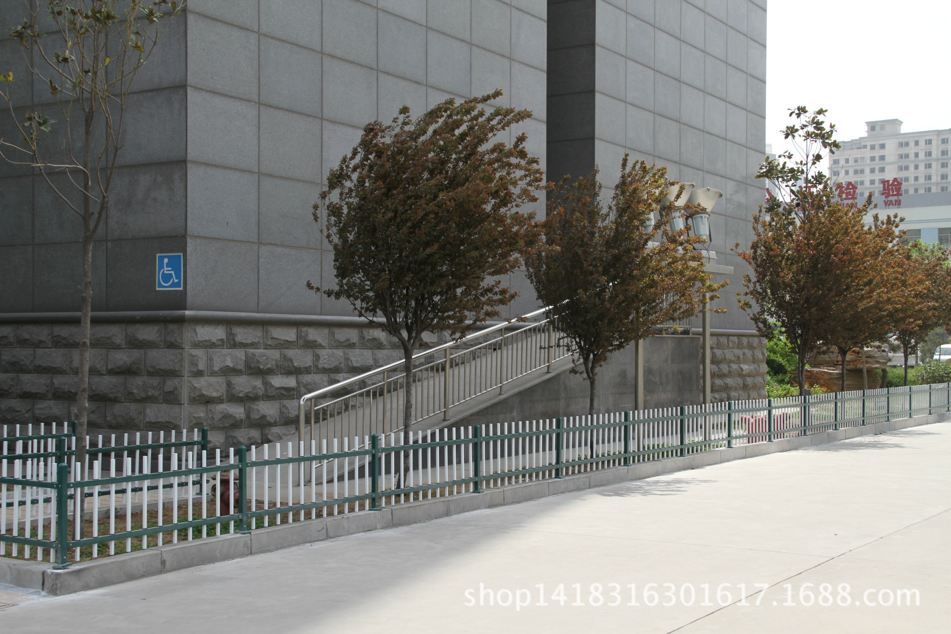 公路波形护栏防撞护栏护栏板波形护栏