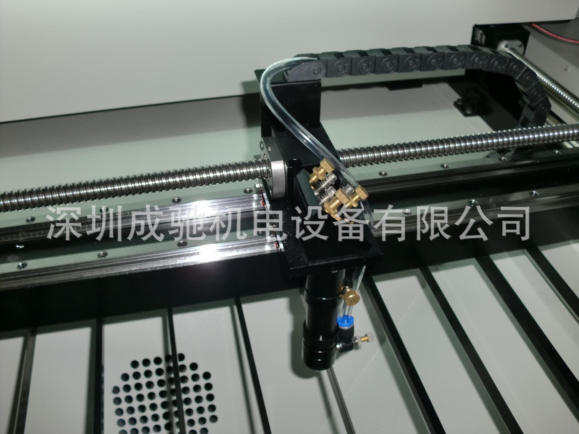 厂家供应汽车座套激光切割机 大型布料皮革裁剪机 箱包激光切割机