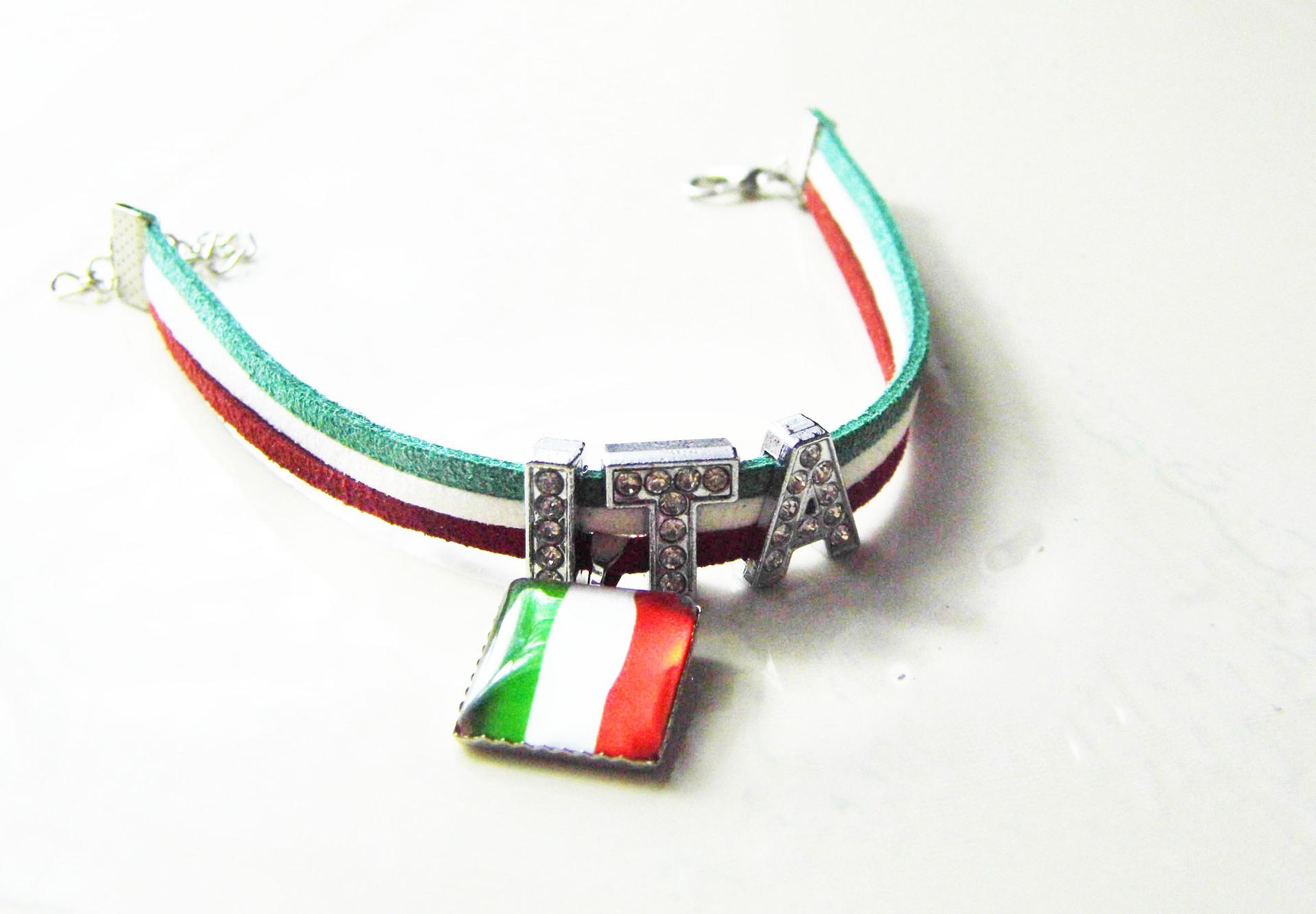 巴西世界杯球迷纪念品礼品金属手链手环国家队字母款现货销售
