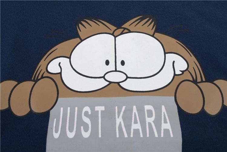 Áo thun phối họa tiết chú mèo Garfield