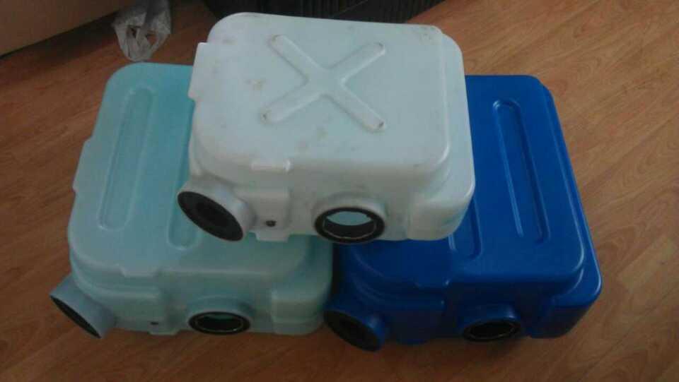 供应吹塑机,,中空,PGB25L中空吹塑机(80螺杆)